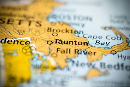 Taunton, Massachusetts, USA on map