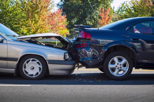 Review your claim options with our Marshfield car accident lawyers.
